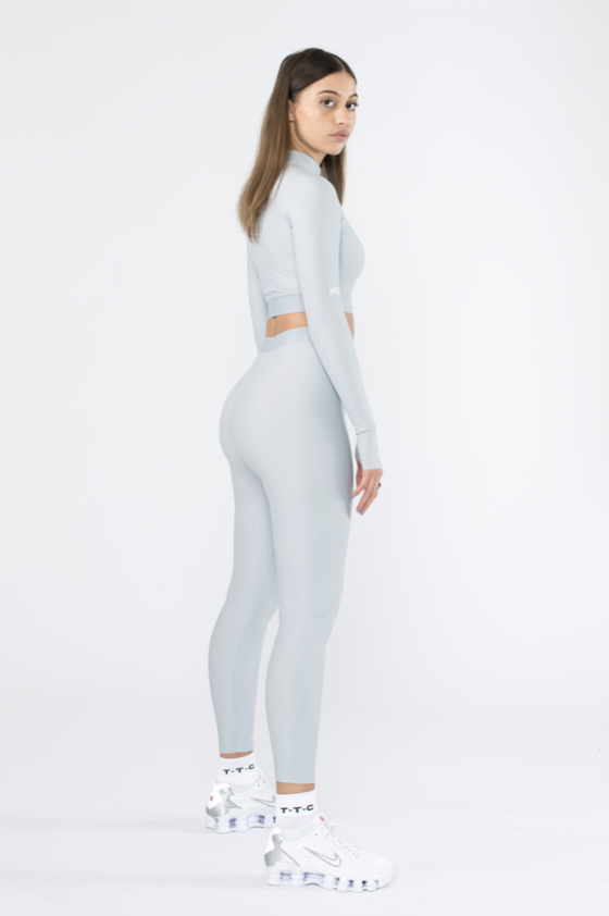 TTC | THE TRACKSUIT CLUB Sustainable WMS Tight Top (grey)